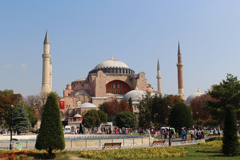 Things to do during a short layover in Istanbul, Turkey | The Hagia Sophia