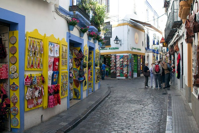 3 Weeks of Solo Travel in Spain, Part 2: a Very Long List of Places to See in Cordoba and the Cost | Juderia