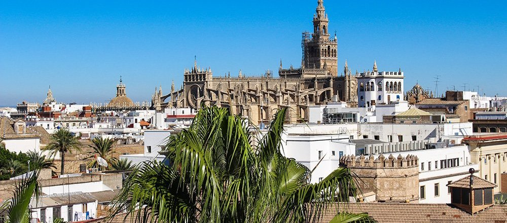 Solo travel in Spain, along list of places to see in Seville