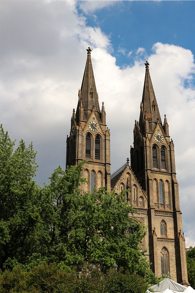 What to do in Prague for free | St Ludmila Church