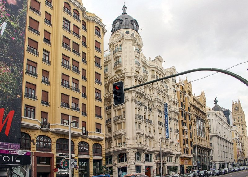 Free things to do in Madrid, Spain | Buildings in Gran Via