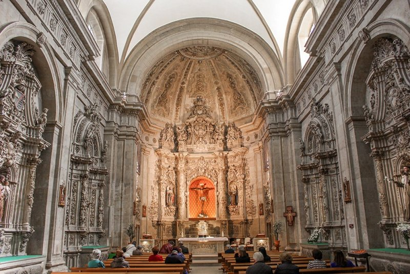 Things to do in Salamanca, Spain   Capilla de San Francisco