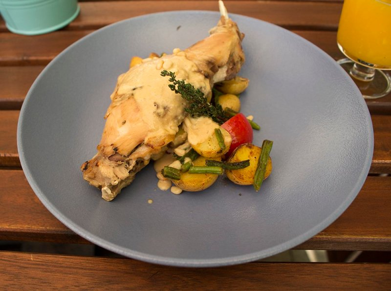 Places to eat in Moscow, Russia | Rabbit in 32.05