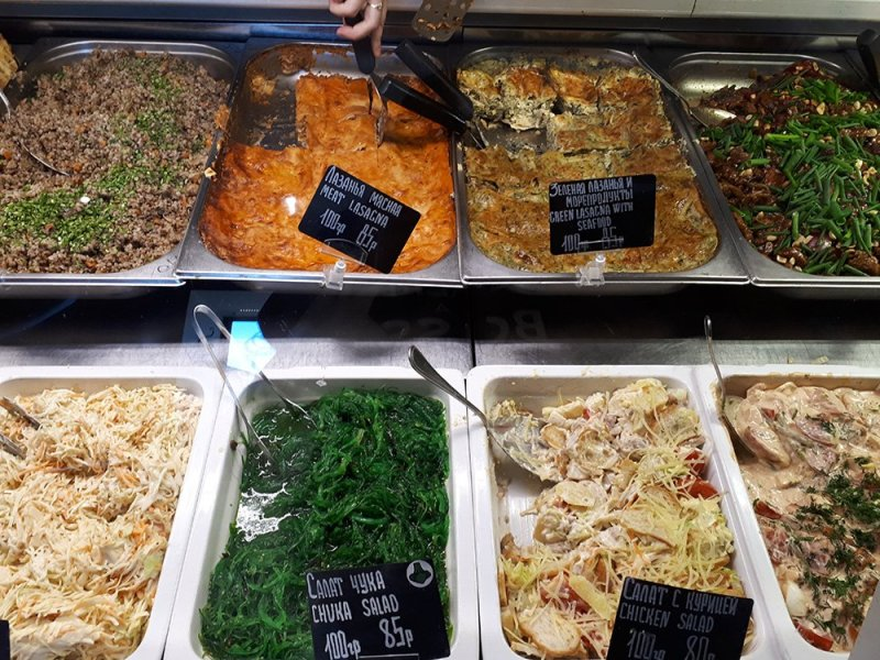 Places to eat in Moscow, Russia | Selection of food in Bratya Karavaevy