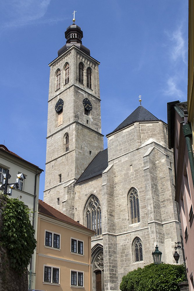 Kutna Hora on a day trip from Prague: things to do | Church of Saint James in Kutna Hora