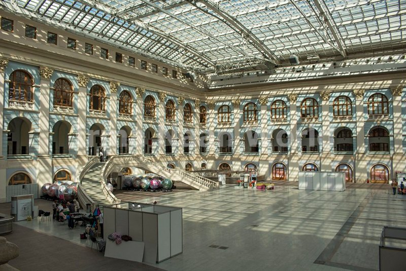 Moscow pictures: stunning photos of Moscow   Inside Gostiny Dvor in Moscow