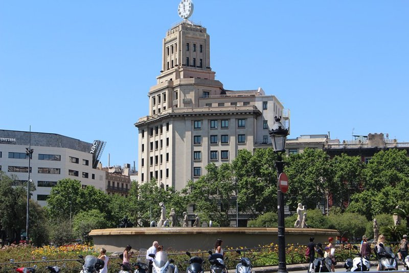 What to See in Barcelona in One Day | Placa de Catalunya