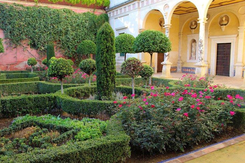 Главные и самые красивые достопримечательности Севильи | Сады в доме Пилата