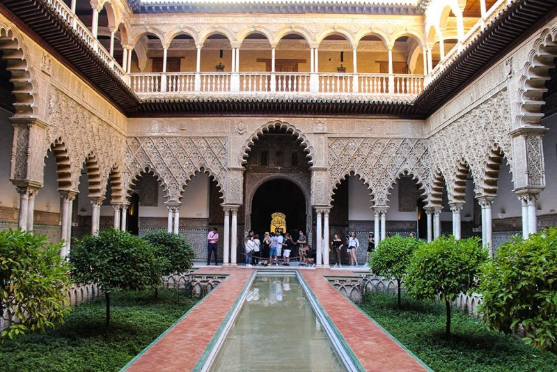 A 2-weeks DIY tour: Andalusia itinerary by bus | In the Real Alcazar of Seville