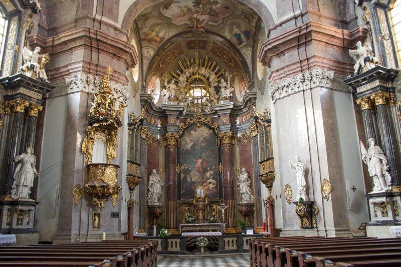 Czech Republic: Visiting Kromeriz Castle and Gardens from Brno   Inside the Church of St John the Baptist