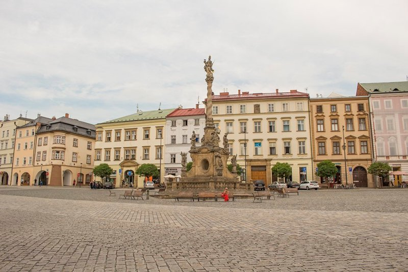 Things to do in Olomouc, Czech Republic, in half a day | Lower Square with Marian Column