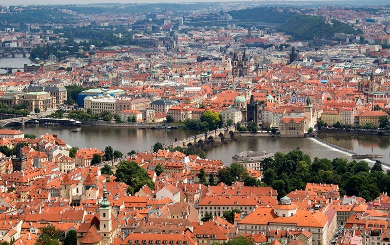 Where to find the best viewpoints in Prague | View from Petrin Tower