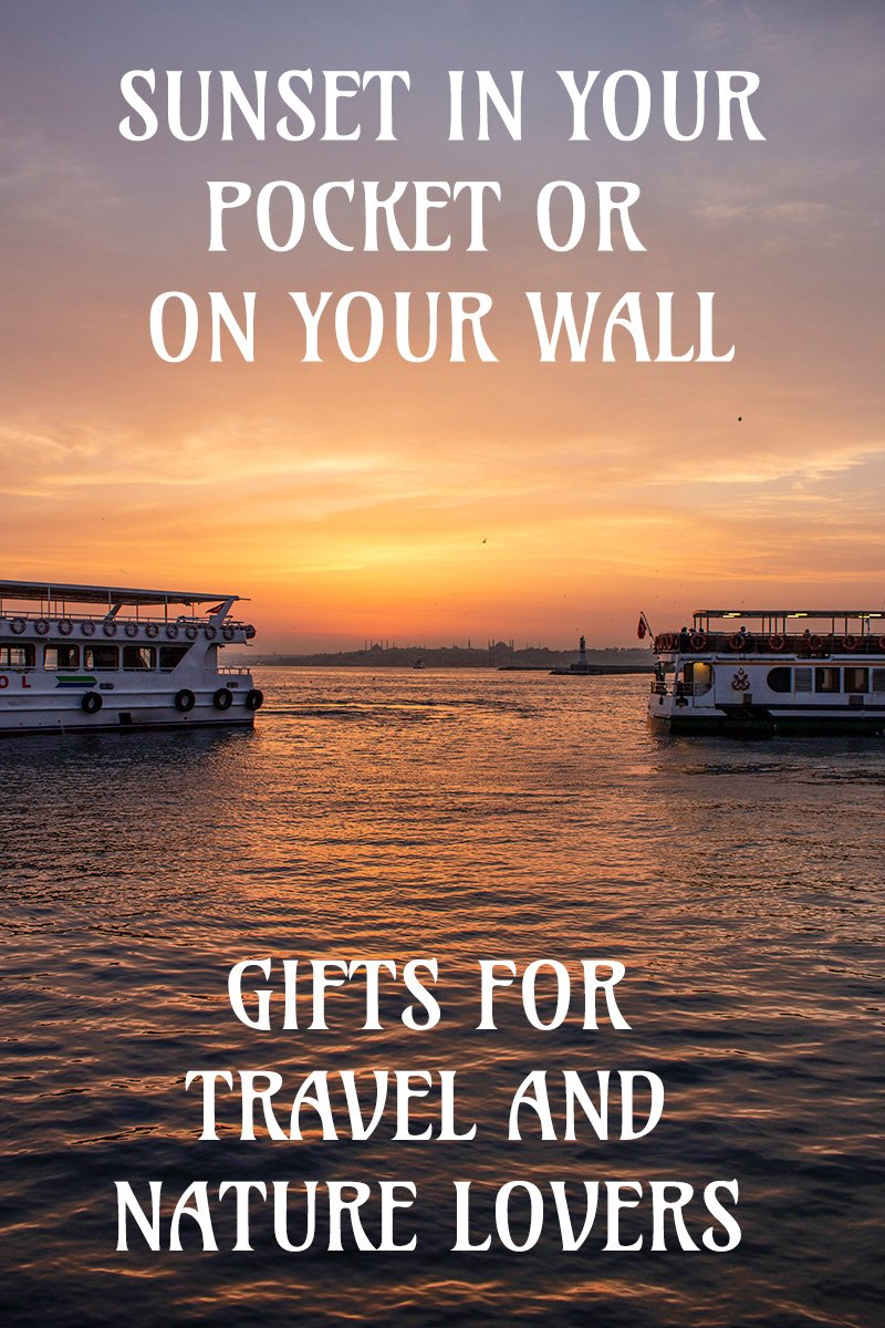 Gifts for travel and nature lovers