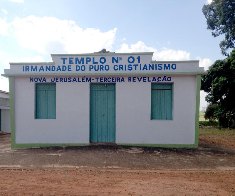 Templo da Irmandade do Puro Cristianismo no Bairro Rural de Duas Barras - Birigui - SP
