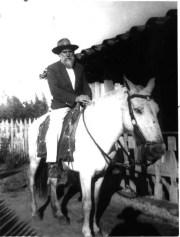 Humano Consolador em seu cavalo Bandeirantes