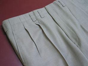 まだツータックパンツのスーツ着てるの?ダサい40代にならないために