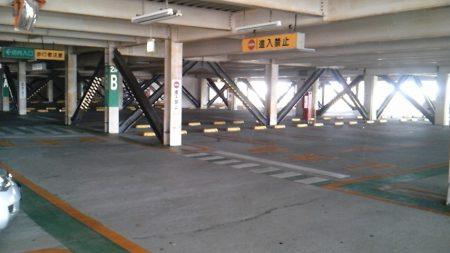 ガラガラ駐車