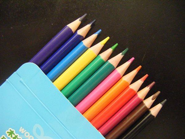 キャンドゥ 色鉛筆