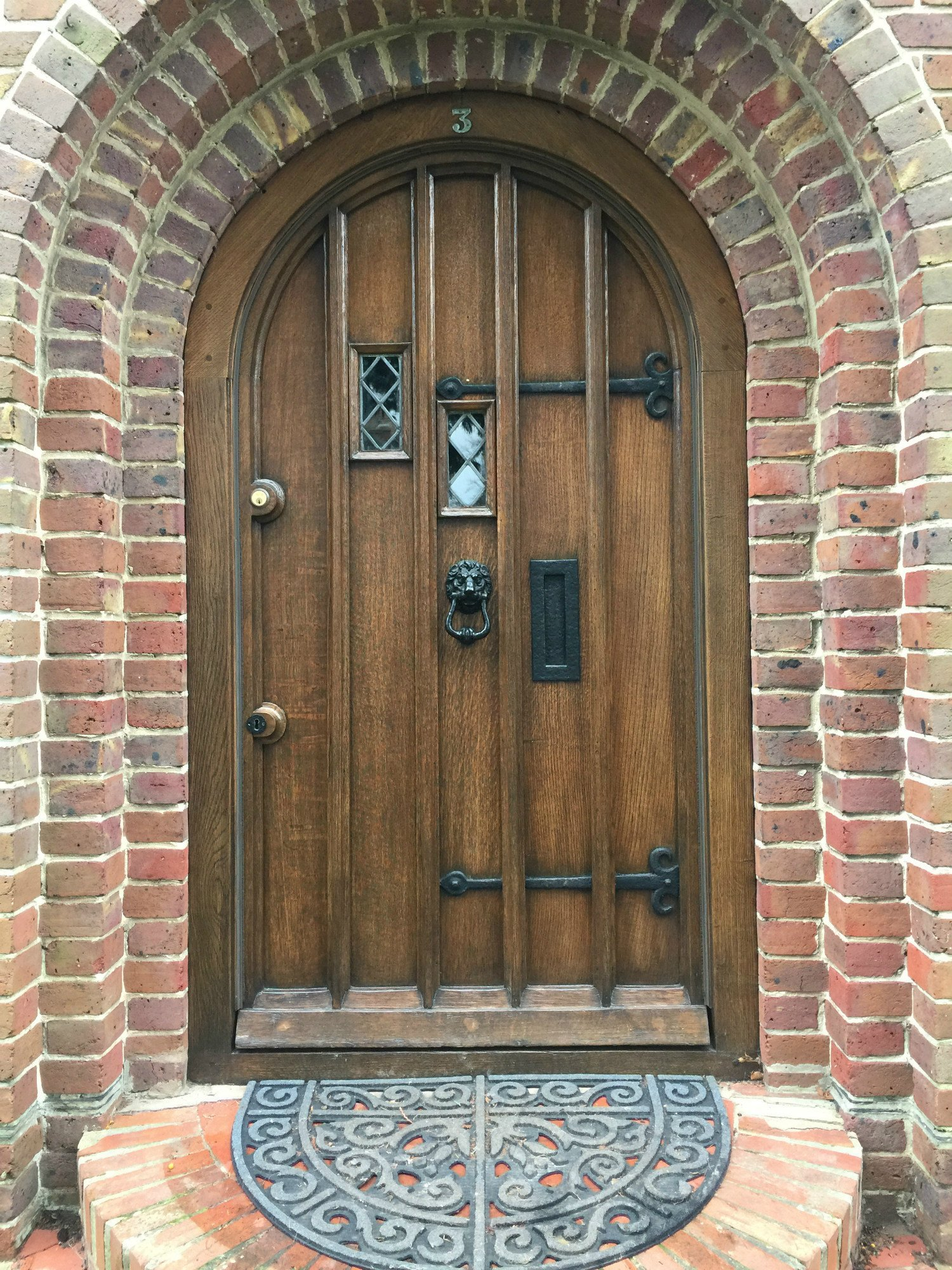 French Polishing And Restoration Specialists Hampshire