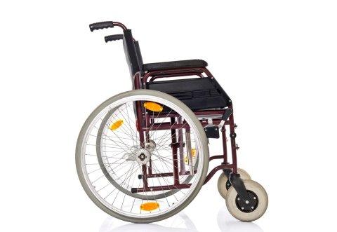 Sedie A Rotelle Pieghevoli Leggere : Carrozzine sedie a rotelle privata assistenza s a s