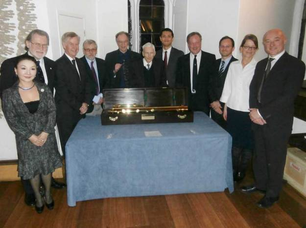 The speakers at the University of Cambridge with the Presentation Telescope in its casket