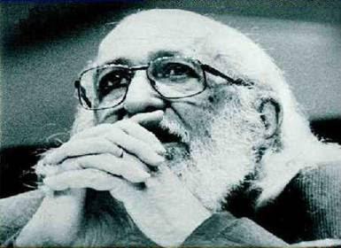 Mitos, por Paulo Freire