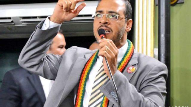 Hilton Coelho, primeiro deputado estadual do PSOL na Bahia