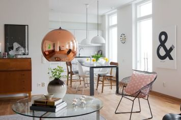 copper-hanging-pendant-lamp-over-coffee-table