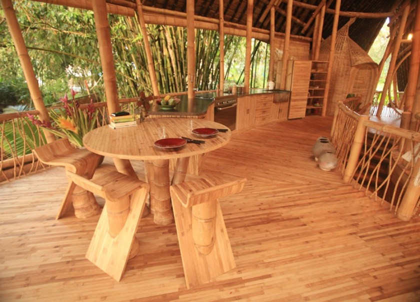 Pavimento ed arredo in bambù