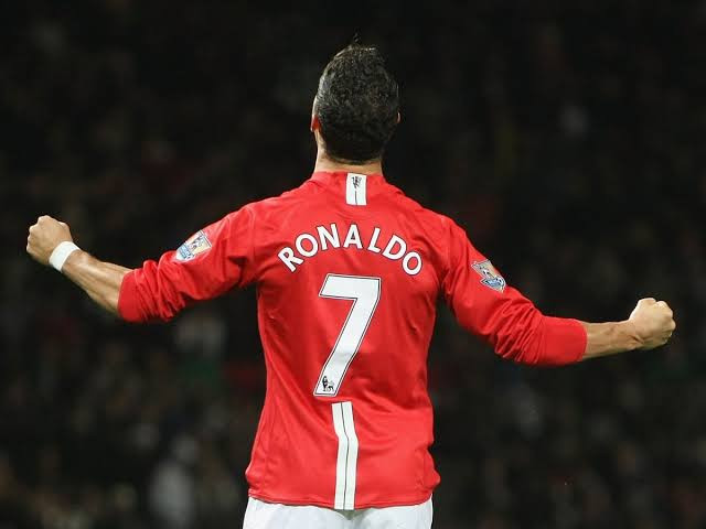Christiano Ronaldo's No. 7 Jersey Breaks Premier League Record For Sales In 12 Hours