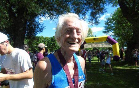 Ed Whitlock at the 2016 Longboat Toronto Island Run.