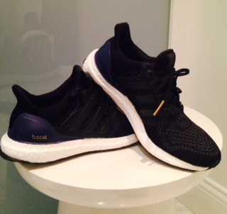 With the running shoe design trend of blinding, high-voltage colours, the Ultra Boost's navy blue and black, is deceptively understated.