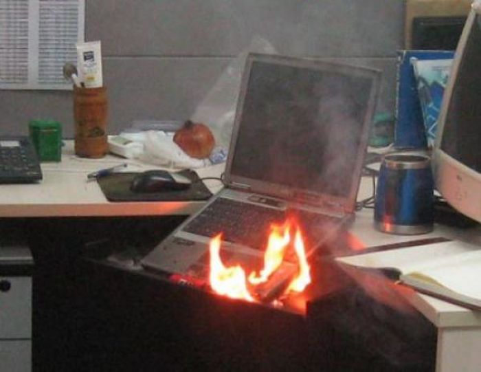 Irti Funny Picture 1657 Tags Laptop Fire Draw Office