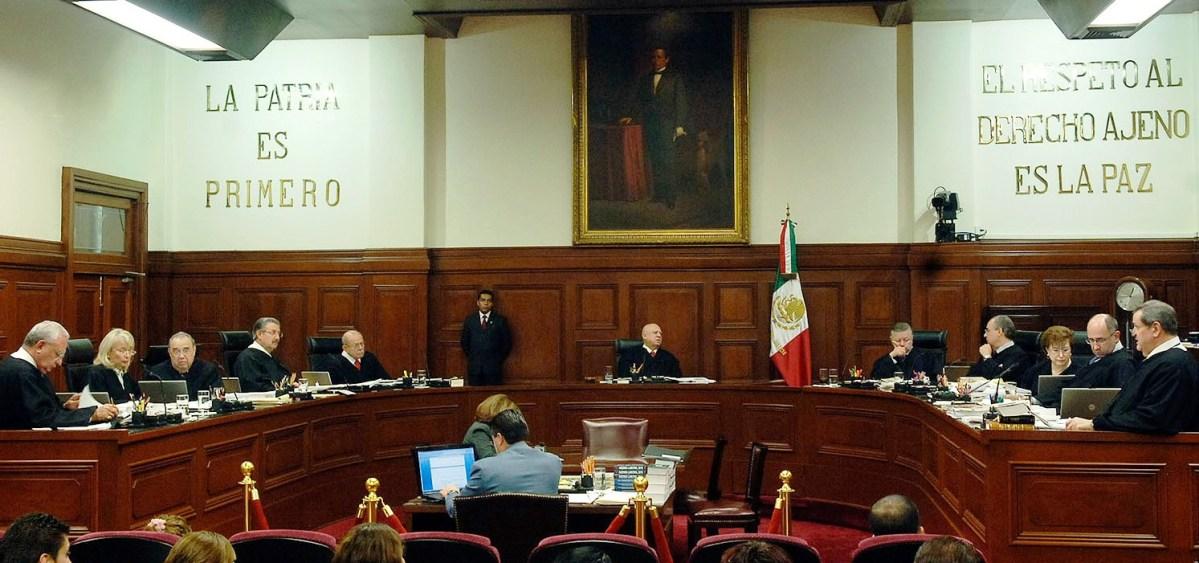 SCJN suspende ley para que funcionarios ganen menos que el Presidente