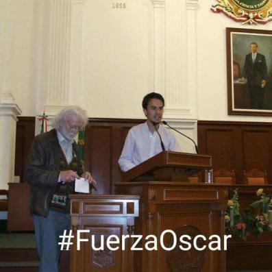 Oscar inocente estrado