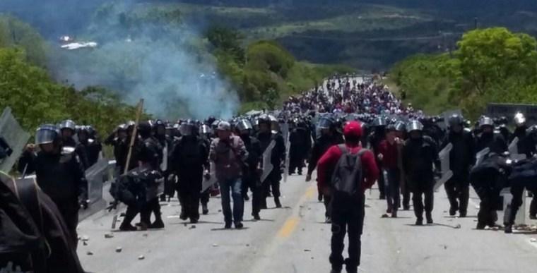 policias-en-oaxaca-toletes-768x391