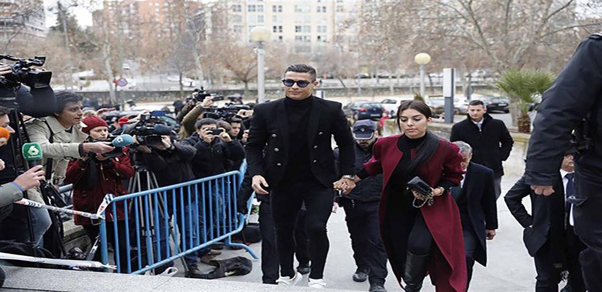 Condenan y multan al futbolista Cristiano Ronaldo por fraude