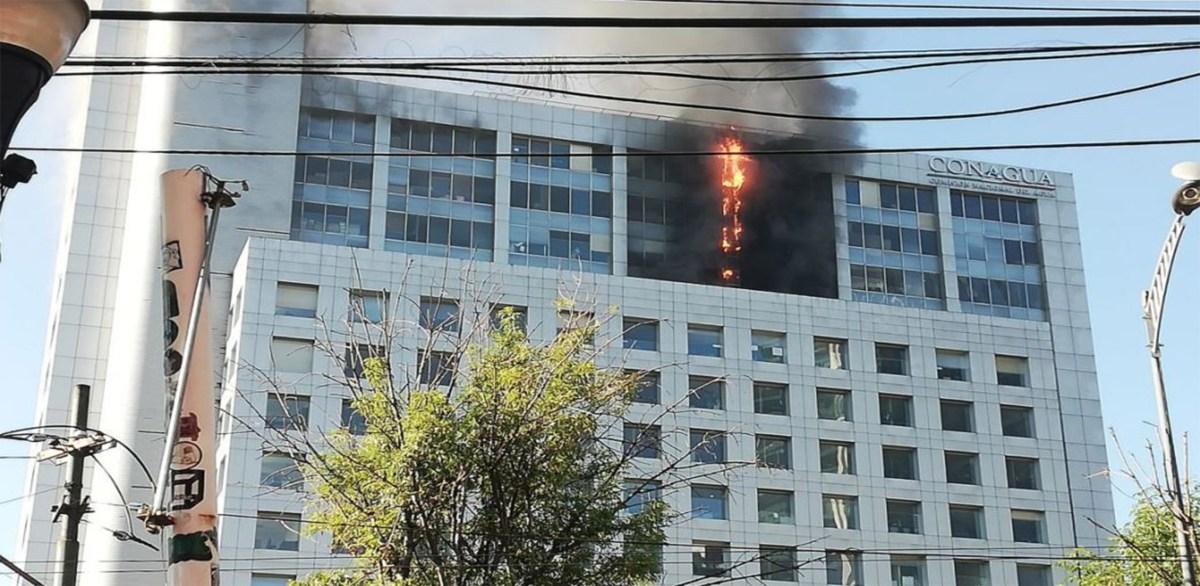 Controlado incendio en oficinas de Conagua ubicadas en la CDMX