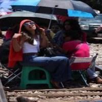 Maestros bloquean por cuarto día consecutivo vías del tren Lázaro