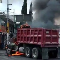 #Fotos Narcobloqueos en Tláhuac tras abatimiento de 'el Ojos'