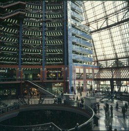 chicago-illinois-center-front