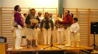 groenland-Auftritt einer Folkloregruppe 2007
