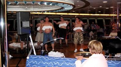 Grönland-Phillipinos improvisieren bunten Abend 2007
