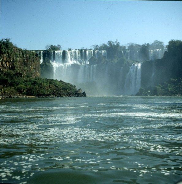 iguazu-falls-bootsfahrt