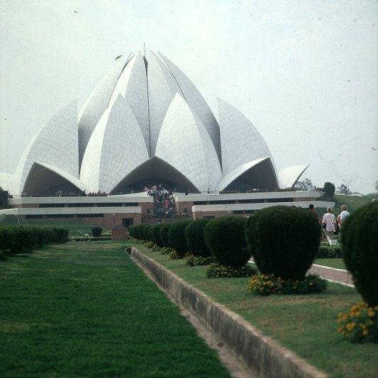 Indien-Delhi-Bahaitempel-1999