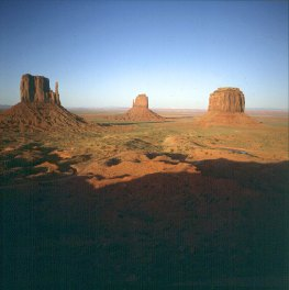 monument-valley-visitercenter