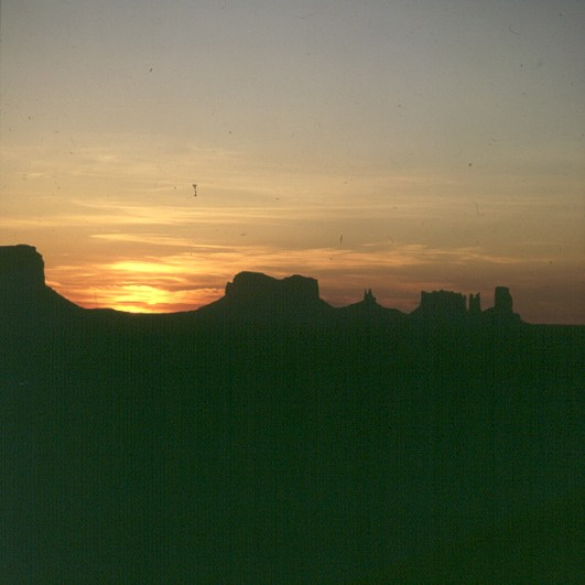 monument-valley-sonnenaufgang-2