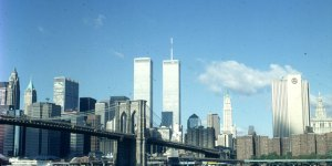 new-york-Brooklyn Bridge und WTC 1983