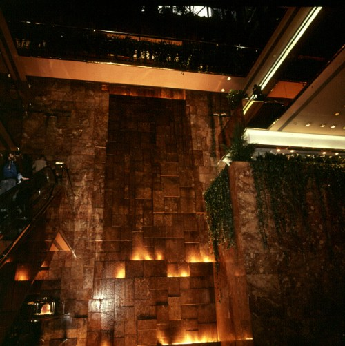 new-york-Trumptower Wasserkaskade 1988