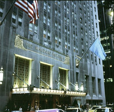 new-york-The Waldorf-Astoria Hotel 1988